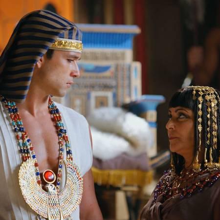 Ramsés tendrá que asumir el trono - Parte 1