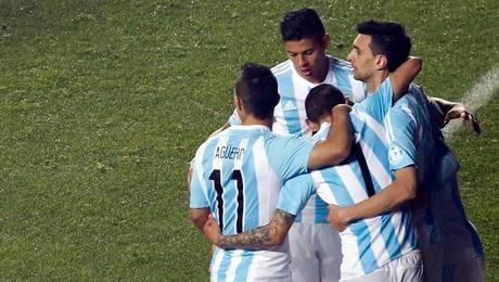Argentina sin piedad con Paraguay