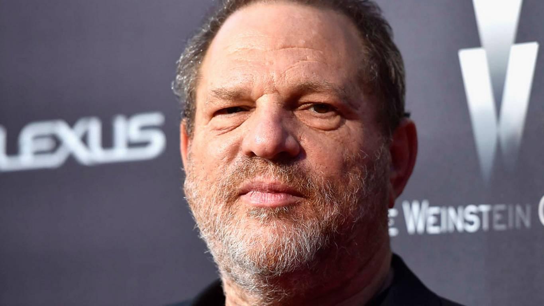 ¡Harvey Weinstein sufre una golpiza!