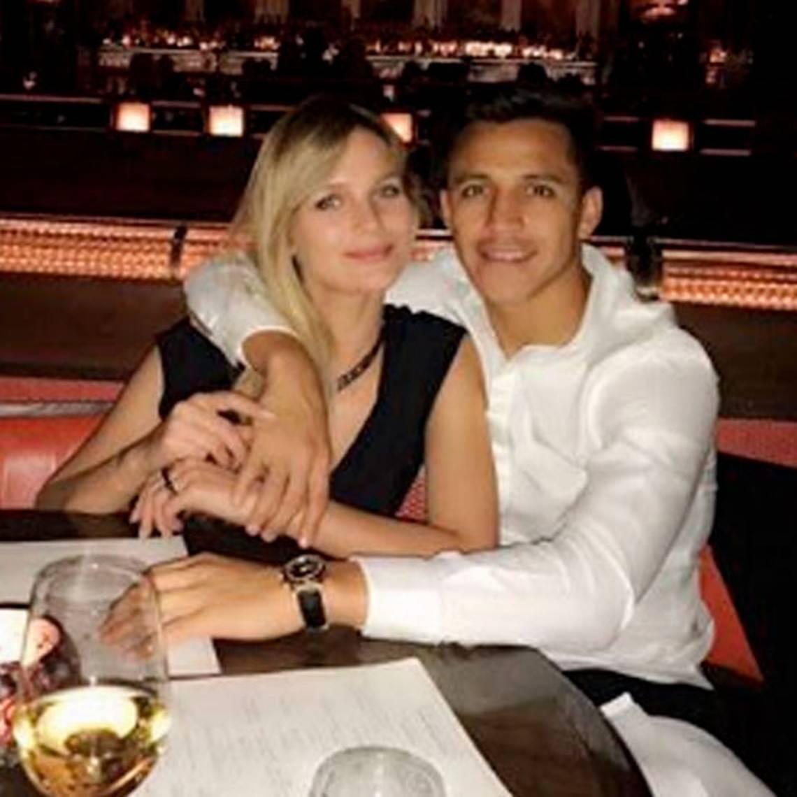 ¡Puro amor! Alexis y Mayte reaparecen en redes sociales