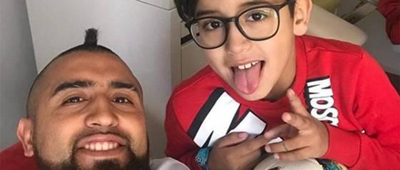 Hijo de Arturo Vidal estrenó su canal de YouTube