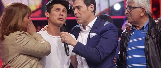 """Redes sociales llenan de elogios a Álvaro Escobar por su rol de \""""Tío conductor\"""""""