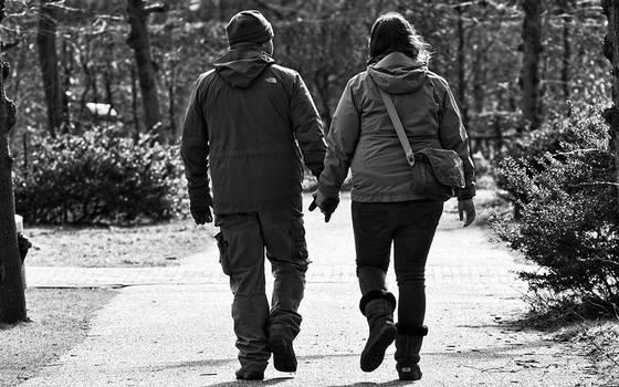 Estudio asegura que estar en pareja engorda