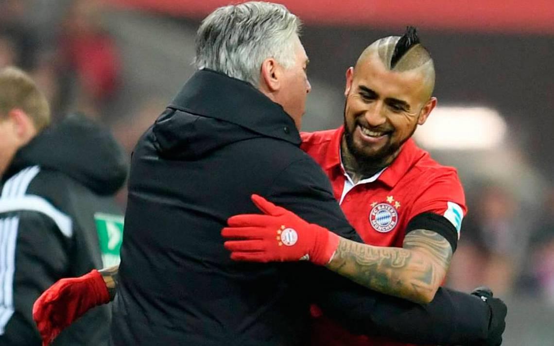 Bayern de Vidal despidió a Ancelotti luego de ser goleado en Champions