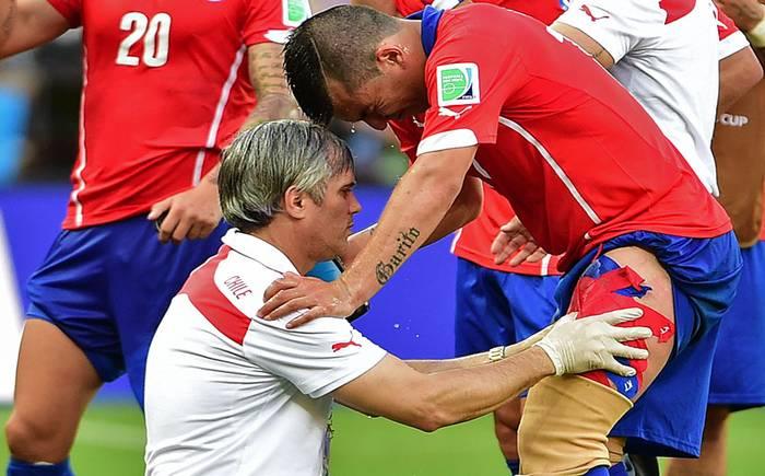 Gary Medel se somete a exámenes tras sufrir desgarro - Mundial Brasil 2014 - 24horas