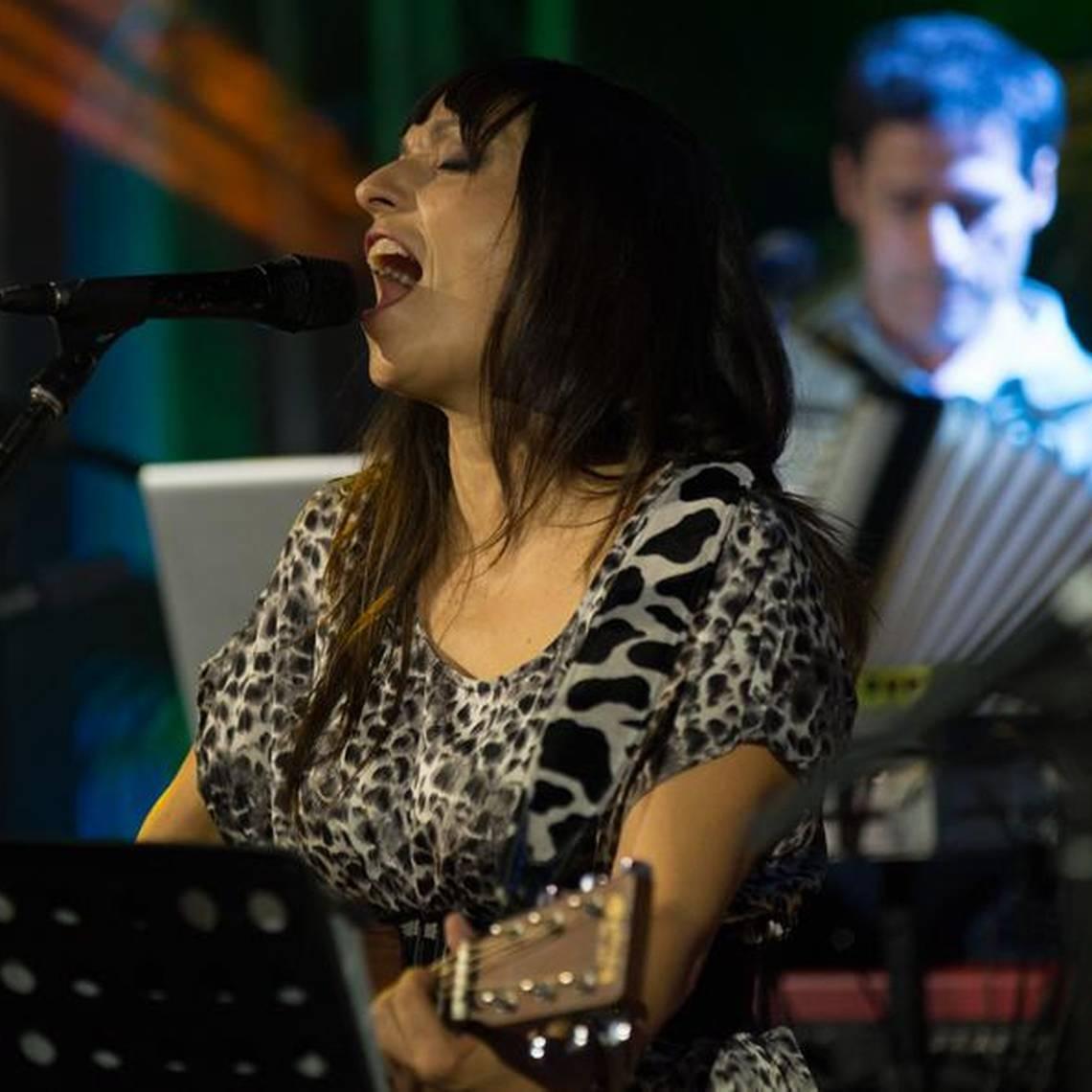 """Javiera y Los Imposibles interpretan su versión de \""""Crimen\"""""""
