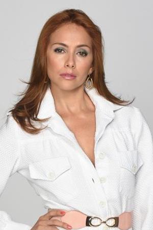 Analía Menchaca de Esparza