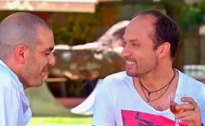 Mateo intenta encantarse con Andrés