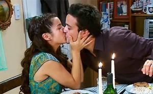Marco le propuso matrimonio a Julia