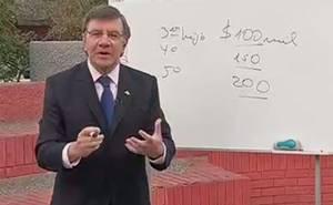 Ministro Lavín detalla entrega del nuevo bono por tercer hijo