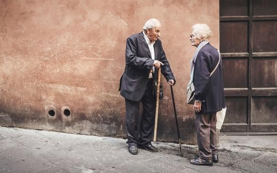 Atención adulto mayor: puedes demandar a tus hijos por pensión