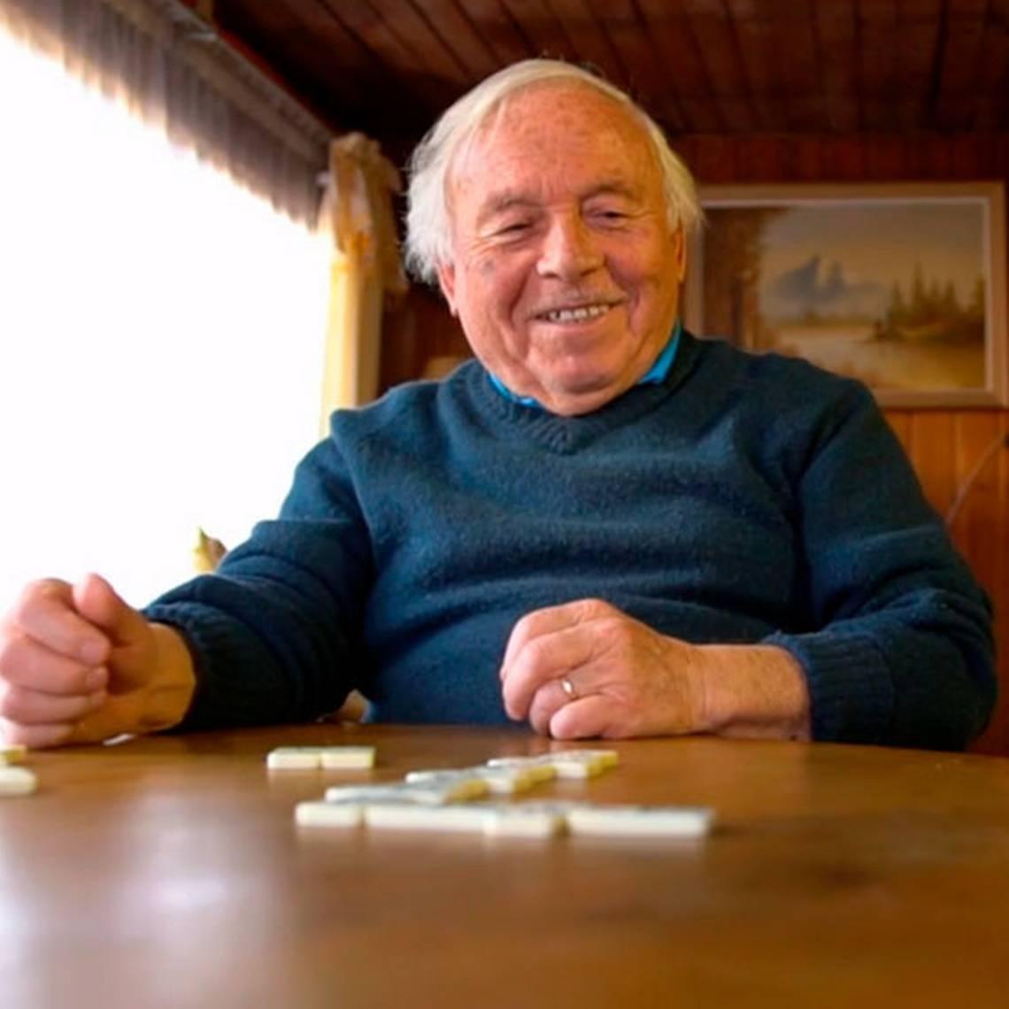 Bondad infinita: Adulto mayor dedica su vida a los demás