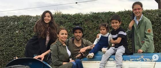 El adorable saludo con que Claudio Bravo sorprendió a su hija mayor