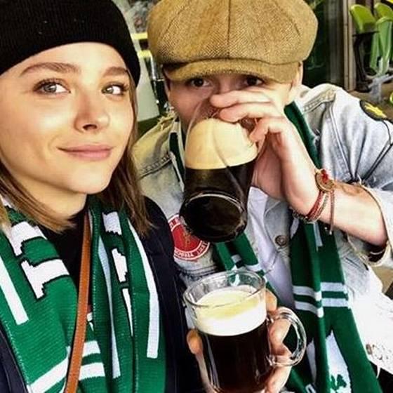 Chloë Grace y Brooklyn Beckham reaparecen en público tras reconciliación