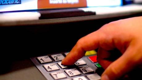 ¡Atención! Así puedes evitar la clonación de tus tarjetas bancarias