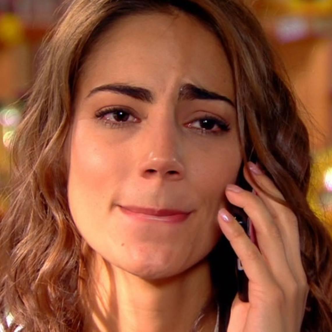 El llamado que dejó asustada a Ángela