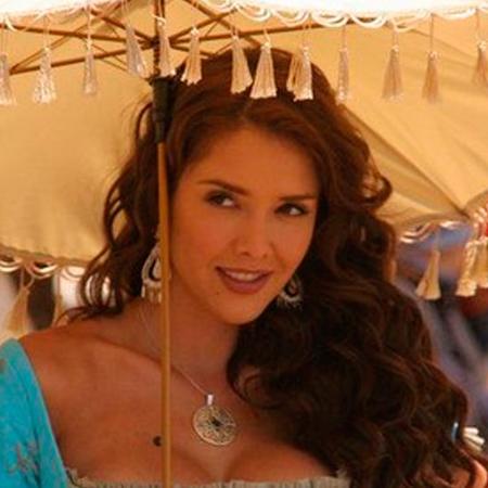 """En cada mujer hay una \""""Esmeralda\"""""""