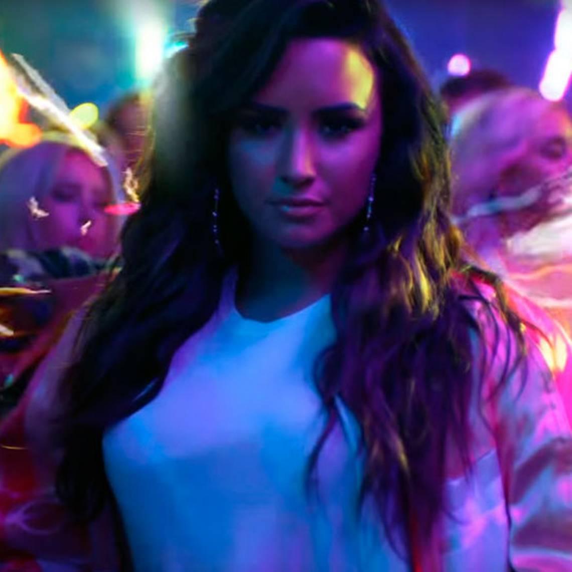 "Demi Lovato te invita su fiesta en el videoclip de \""Sorry Not Sorry\"""