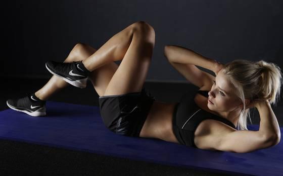 Los tips de las famosas para ejercitarte sin un personal trainer