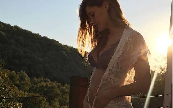 ¡Ternura! Gala comparte video de su bebé moviéndose en su vientre