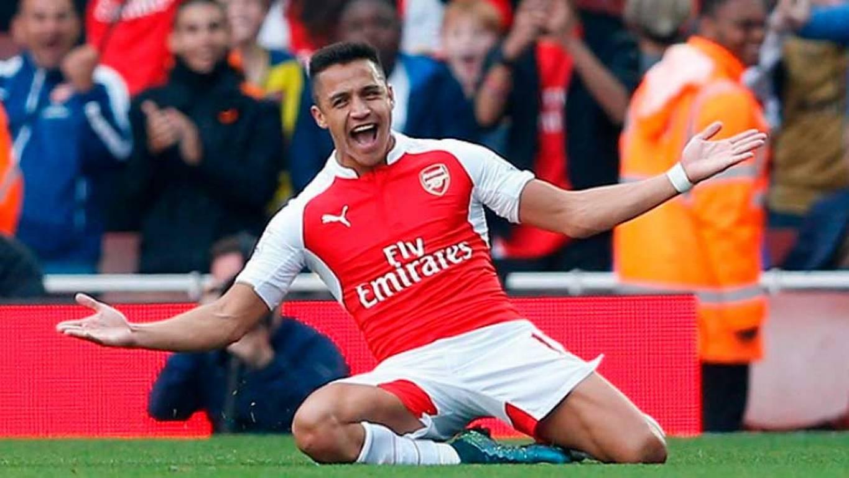 Alexis Sánchez anotó el 2-0 en victoria del Arsenal sobre Tottenham