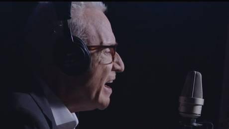¡Nos ponemos de pie! Celebramos los 50 años de Pedro Carcuro en TVN