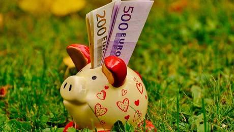 ¿Cómo cuidar el dinero según tu signo del zodiaco?