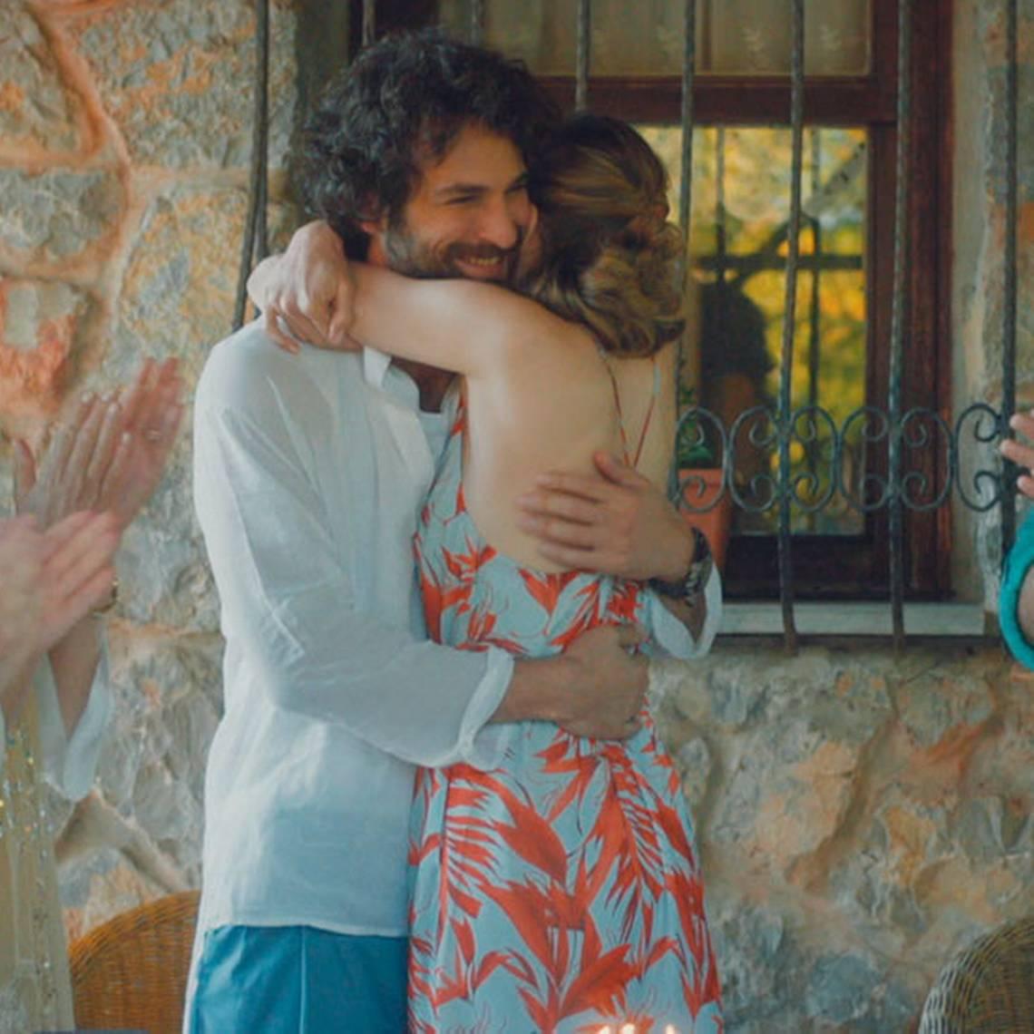 ¡¡Qué amor!! Kerim sorprendió a Hülya en su cumpleaños