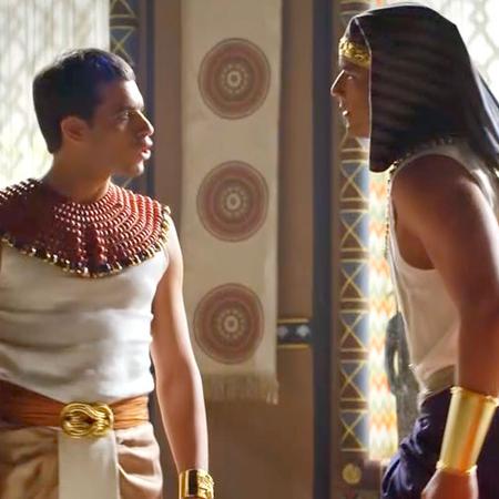 Moisés enfrenta a Ramsés
