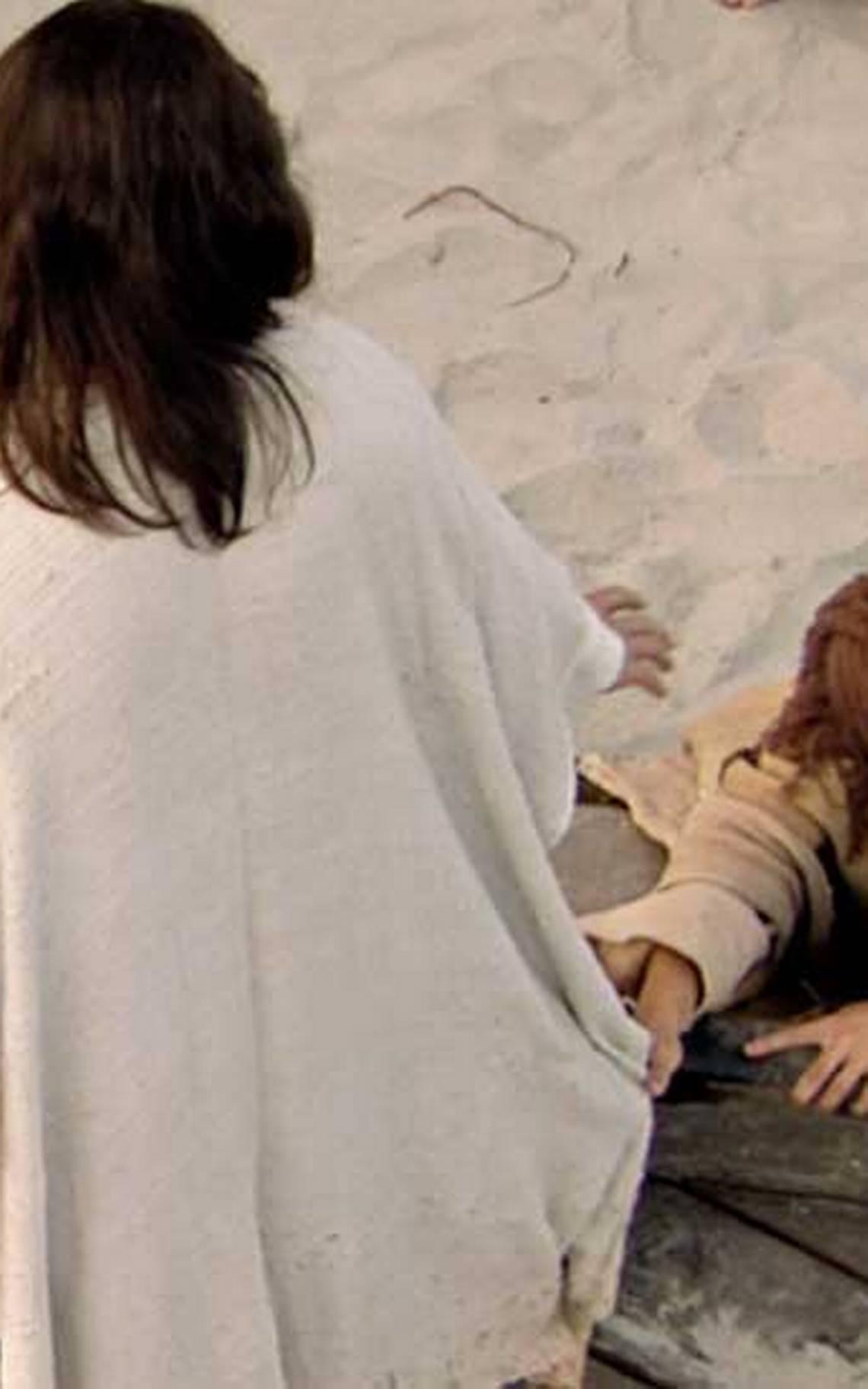 Jesús sana a los enfermos de Genesaret