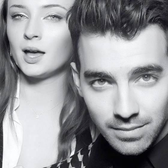 Sophie Turner y Joe Jonas celebran compromiso y revolucionan la web