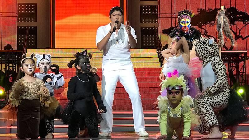 Juan Ángel deleitó al público con canción de El Rey León