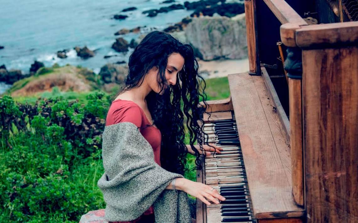 Katherine Denisse se suma a TVN Records