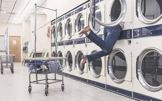 Las razones por las que es necesario lavar tu ropa nueva