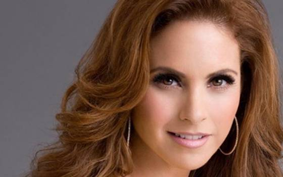 Lucero regresa a Chile
