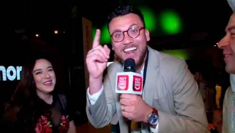 ¡Otra vez! Max puso en aprietos a famosos en evento de Luis Jara