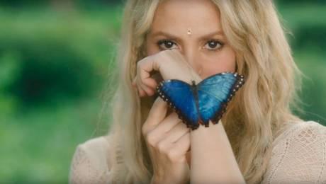 """Shakira y Piqué muestran su amor en el video de """"Me Enamoré"""""""