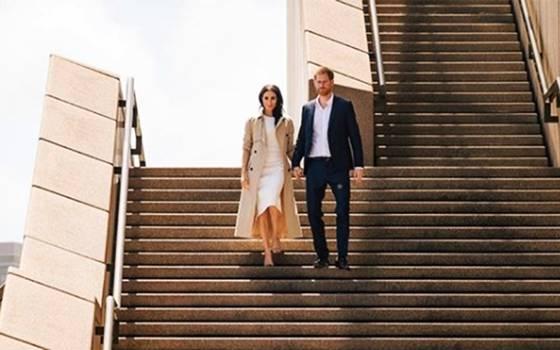 Meghan Markle muestra su embarazo en visita a Australia