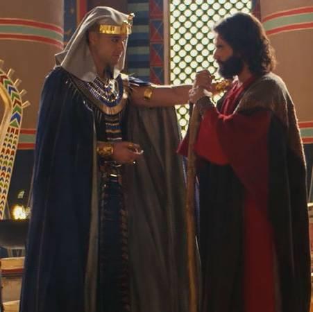 Moisés y Ramsés se enfrentan por los hebreos