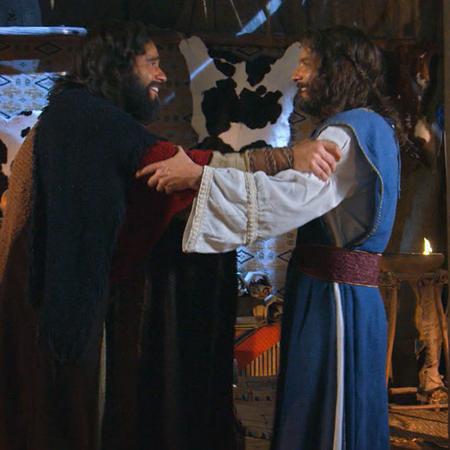 Moisés quiere que Aarón sea feliz