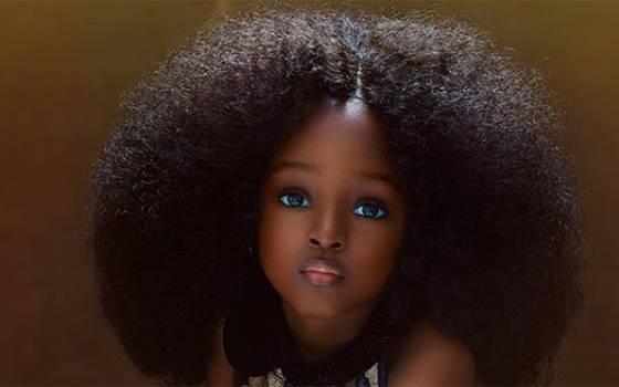 """Pequeña nigeriana es considerada \""""la niña más bella del mundo\"""""""