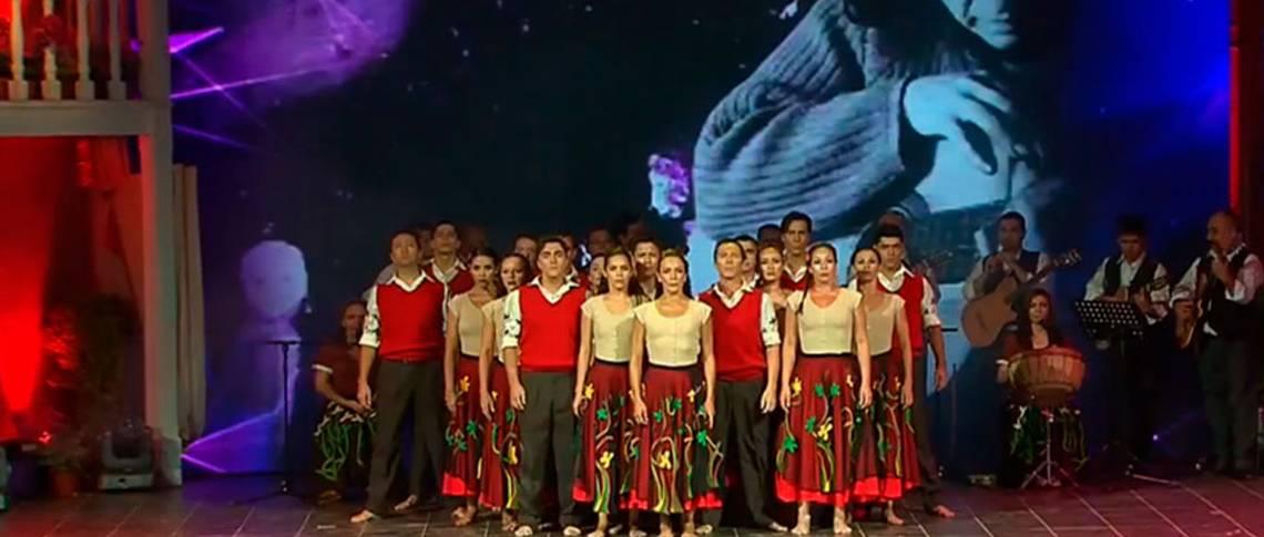 Con homenaje a Violeta Parra comenzó el Festival de Olmué