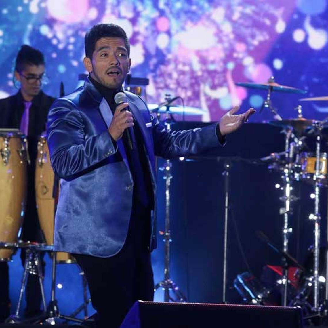 Julio Palacios y la Gran Sonora hicieron bailar a Talca
