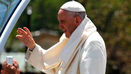 ¿Obispos se irán de la Iglesia tras reunión con el Papa?