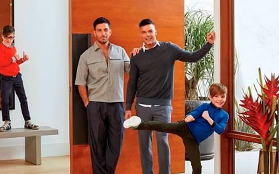 Así explicó Ricky Martin a sus hijos por qué tienen dos papás